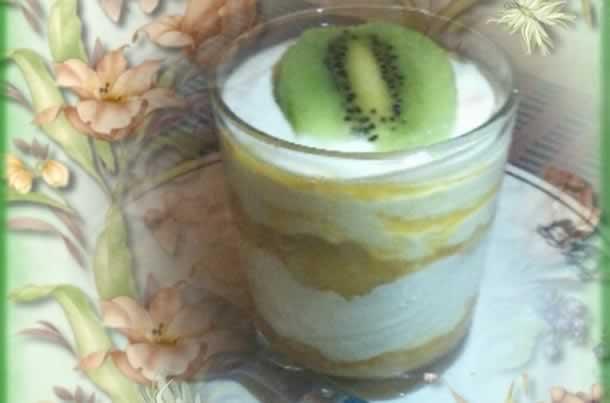 Tiramisu à la poire et au jus de mangue