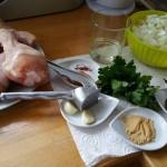 Les ingrédients pour la préparation de la viande.