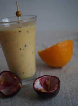 Smoothie glacé mangue/fruit de la passion