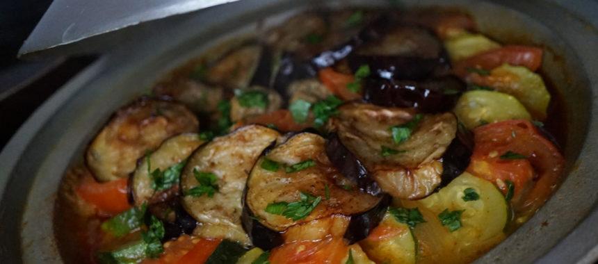 Tajine de bœuf aux courgettes et aubergines frites