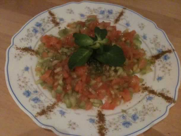 Salade marocaine de concombre et tomate