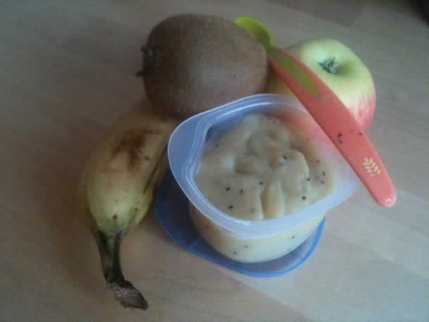 Compote de kiwi/banane /pomme pour bébé (à partir de 8 mois)