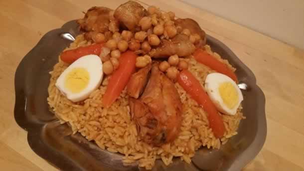 Tlitli (plat algérien à base de pâtes langues d'oiseaux)